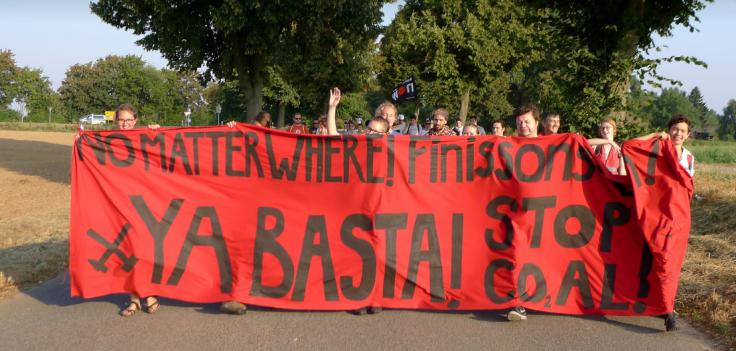 Demo_aus_Immerath_2016_08_27 _ Frontbanner der Demonstration